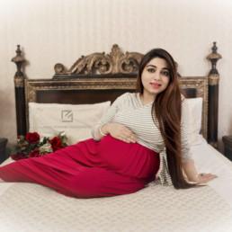 Maternity Photographer Delhi