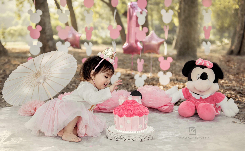 Cake Smash Minnie Mouse Theme Priya Goswami Photography